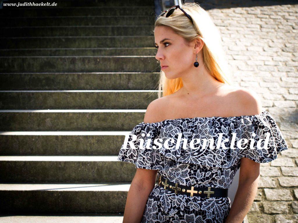www.judithhaekelt.de - Rüschenkleid